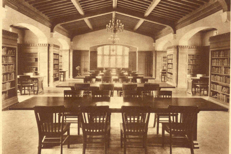 old room with library tables and chairs